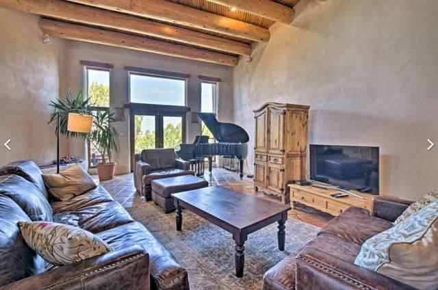 6 Vista Grande Drive, Santa Fe, NM 87508 (MLS #202001957) :: Stephanie Hamilton Real Estate