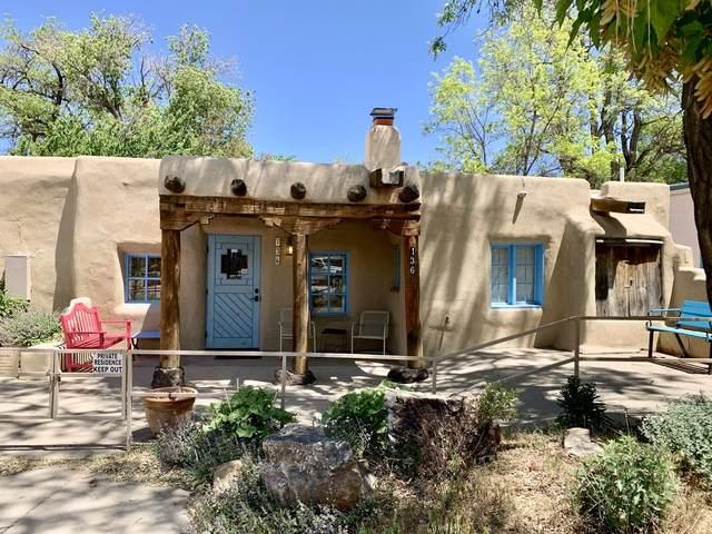 136 Bent Street, Taos, NM 87571 (MLS #202002002) :: The Desmond Hamilton Group