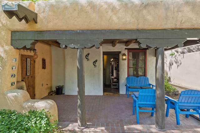 770 Acequia Madre, Santa Fe, NM 87505 (MLS #202002122) :: The Very Best of Santa Fe