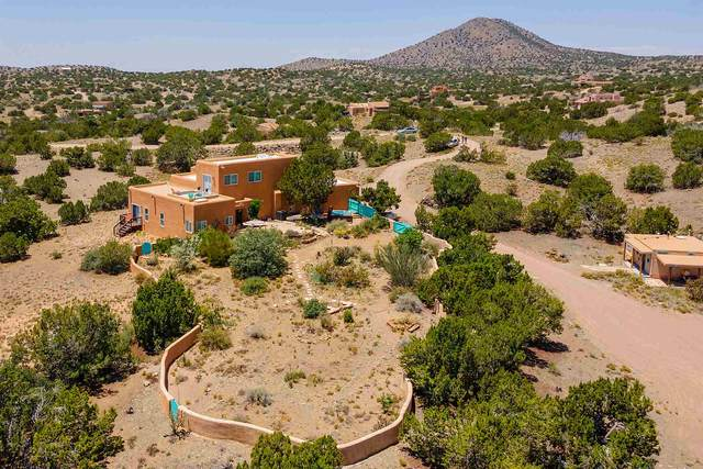 5 Gold Trl, Santa Fe, NM 87508 (MLS #202002346) :: Summit Group Real Estate Professionals