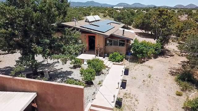 51 B Paseo Galisteo, Santa Fe, NM 87508 (MLS #202002385) :: Berkshire Hathaway HomeServices Santa Fe Real Estate