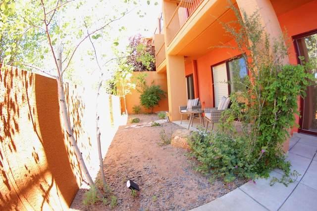 1380 Avenida Rincon, Santa Fe, NM 87506 (MLS #202002395) :: The Desmond Hamilton Group