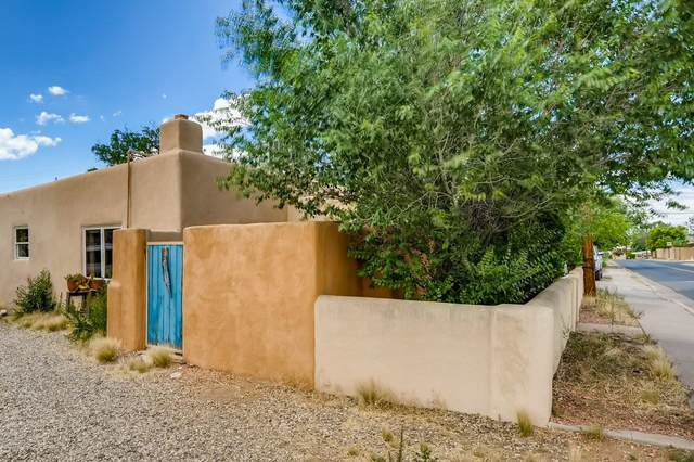726 Baca Street, Santa Fe, NM 87505 (MLS #202002672) :: The Desmond Hamilton Group