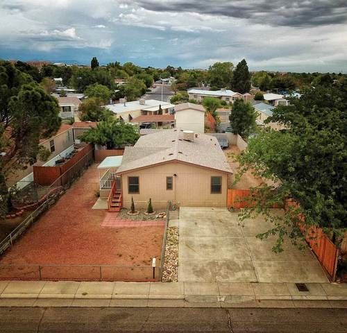 6616 NE Ranchitos Rd, Albuquerque, NM 87109 (MLS #202002828) :: The Very Best of Santa Fe
