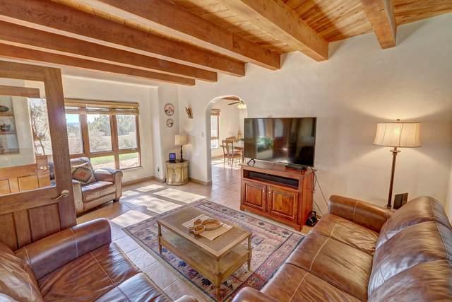 40 Camino De Verdad, Santa Fe, NM 87508 (MLS #202004559) :: The Very Best of Santa Fe