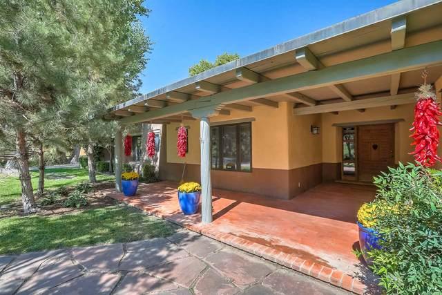 921 NW Guadalupe Court, Albuquerque, NM 87114 (MLS #202005300) :: Summit Group Real Estate Professionals