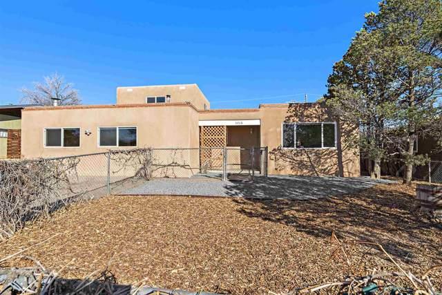 1015 Flora Drive, Santa Fe, NM 87505 (MLS #202100776) :: Stephanie Hamilton Real Estate