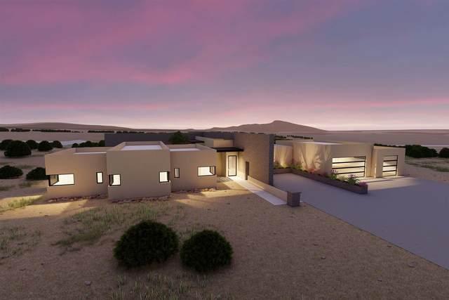 14 Camino Alazan, Santa Fe, NM 87506 (MLS #202100884) :: The Very Best of Santa Fe