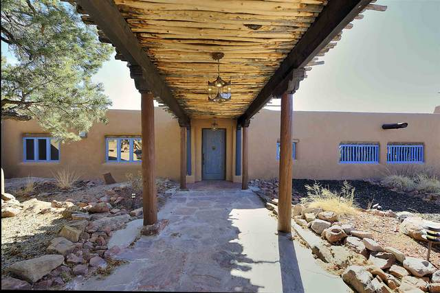86A Arroyo Hondo Rd, Santa Fe, NM 87508 (MLS #202100920) :: Stephanie Hamilton Real Estate