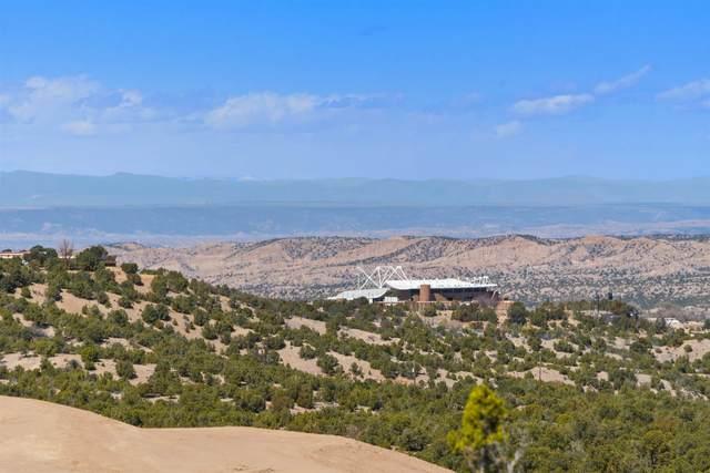 3118 Village Drive, Lot 27, Santa Fe, NM 87506 (MLS #202100988) :: Neil Lyon Group | Sotheby's International Realty