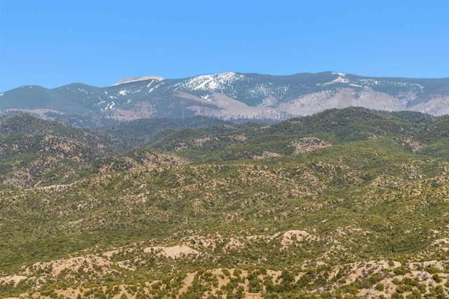 3113 Village Drive, Lot 5, Santa Fe, NM 87506 (MLS #202100989) :: Neil Lyon Group | Sotheby's International Realty