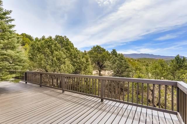 2 Rio En Medio, Santa Fe, NM 87506 (MLS #202101335) :: The Very Best of Santa Fe