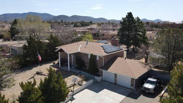 414 W. San Mateo Road, Santa Fe, NM 87505 (MLS #202101391) :: Stephanie Hamilton Real Estate