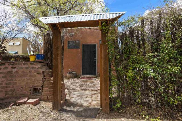 118 Bob Street, Santa Fe, NM 87501 (MLS #202101734) :: The Very Best of Santa Fe