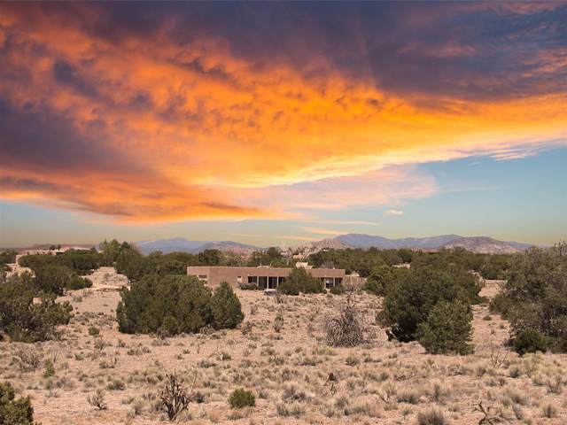 54 Estambre Rd, Santa Fe, NM 87508 (MLS #202101765) :: The Very Best of Santa Fe