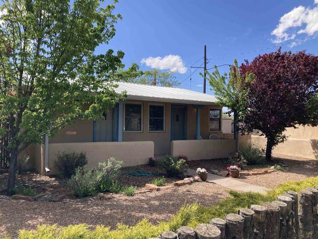 830 & 832 Gilmore Street, Santa Fe, NM 87505 (MLS #202101892) :: Stephanie Hamilton Real Estate