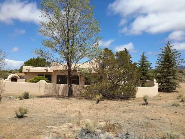 4 Eldorado Way, Santa Fe, NM 87508 (MLS #202101907) :: Stephanie Hamilton Real Estate