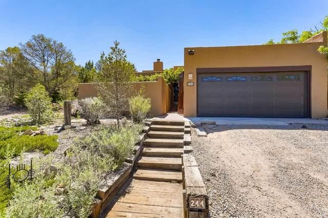 244 Loma Entrada, Santa Fe, NM 87501 (MLS #202102379) :: Neil Lyon Group | Sotheby's International Realty
