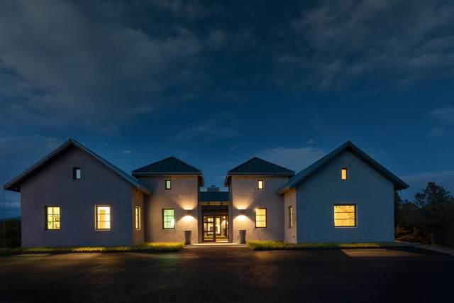 1 Kia Rd, Santa Fe, NM 87506 (MLS #202102623) :: The Very Best of Santa Fe