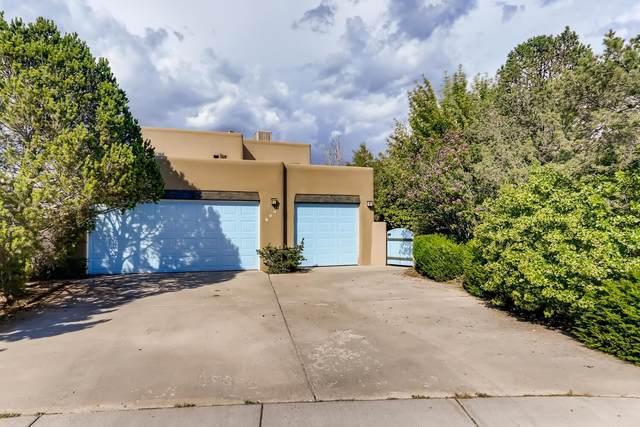 2837 Pueblo Bonito, Santa Fe, NM 87507 (MLS #202103195) :: Berkshire Hathaway HomeServices Santa Fe Real Estate