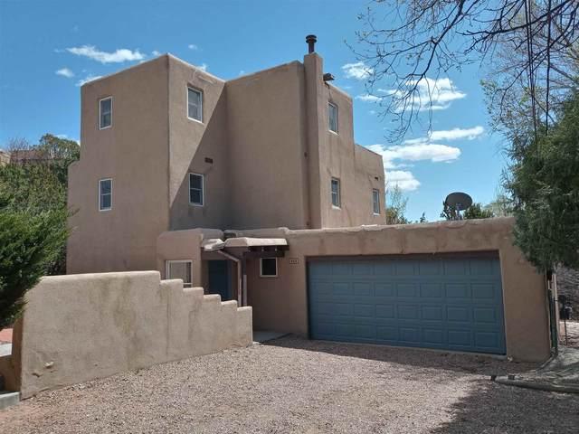 422 Mission Rd, Santa Fe, NM 87501 (MLS #202103216) :: The Very Best of Santa Fe