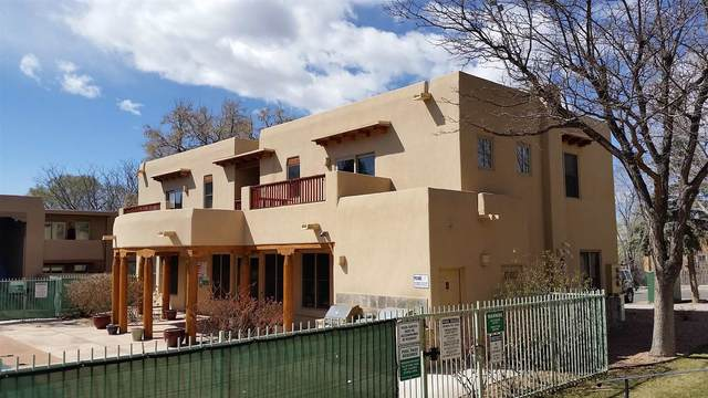 601 W San Mateo Rd Apt 202, Santa Fe, NM 87505 (MLS #202103324) :: Summit Group Real Estate Professionals