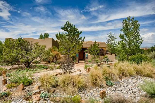 11 Domingo Road, Santa Fe, NM 87508 (MLS #202103417) :: Summit Group Real Estate Professionals