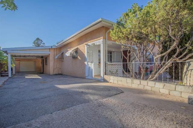 826 Pablina, Santa Fe, NM 87505 (MLS #202103785) :: Summit Group Real Estate Professionals