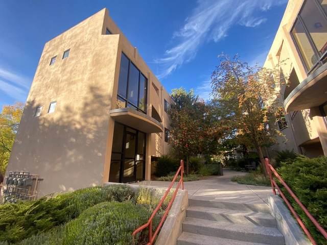 814 Camino De Monte Rey #215, Santa Fe, NM 87505 (MLS #202103797) :: Stephanie Hamilton Real Estate