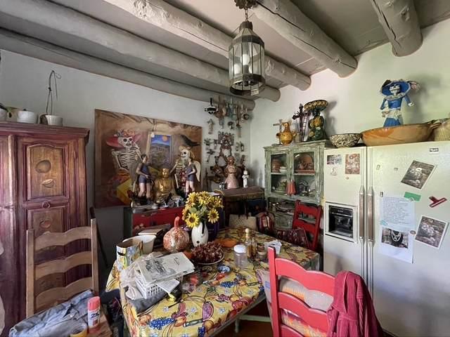 738 B Agua Fria, Santa Fe, NM 87501 (MLS #202103798) :: Berkshire Hathaway HomeServices Santa Fe Real Estate