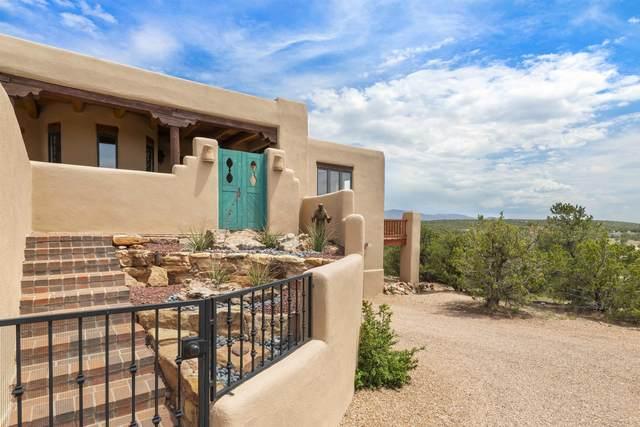 3157 Vista Sandia, Santa Fe, NM 87506 (MLS #202104181) :: Stephanie Hamilton Real Estate