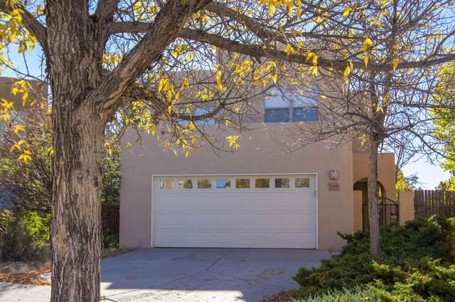 1404 Paseo Norteno, Santa Fe, NM 87507 (MLS #202104586) :: Neil Lyon Group | Sotheby's International Realty