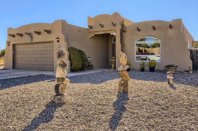 3924 Camino Vista Verde, Santa Fe, NM 87507 (MLS #202104602) :: The Very Best of Santa Fe