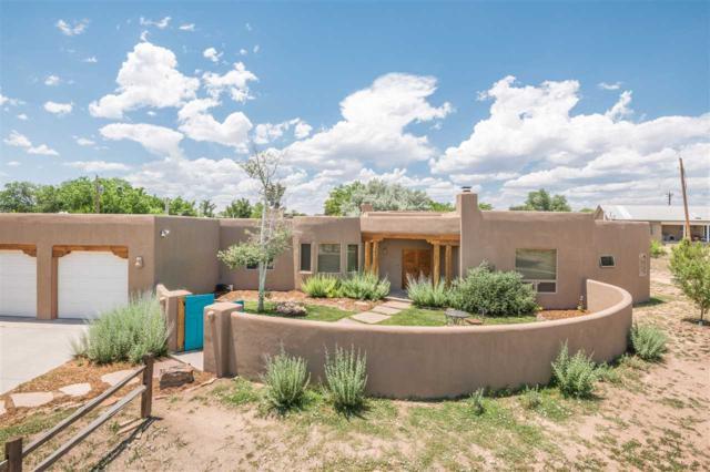 15 Calle Rivera, Santa Fe, NM 87506 (MLS #201801400) :: The Desmond Group