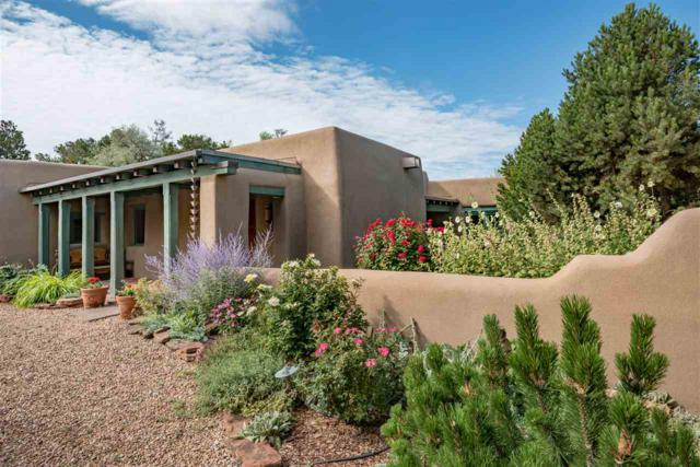 600 Camino Rancheros, Santa Fe, NM 87505 (MLS #201803017) :: The Very Best of Santa Fe