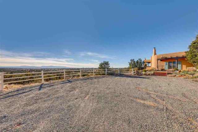 142 Vaquero Road, Santa Fe, NM 87508 (MLS #201805330) :: The Very Best of Santa Fe