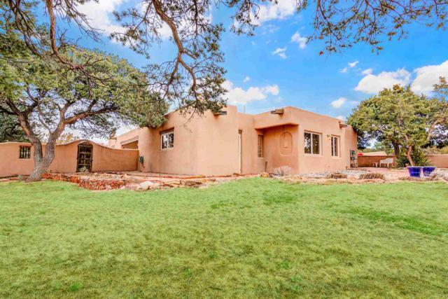 79 Arroyo Hondo Rd, Santa Fe, NM 87508 (MLS #201901102) :: The Desmond Group