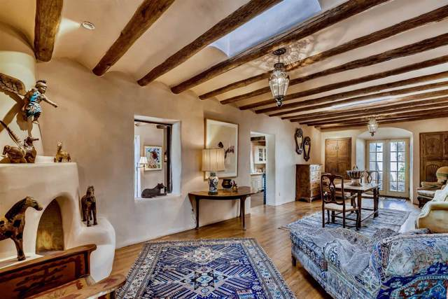555 San Antonio, Santa Fe, NM 87505 (MLS #201904552) :: The Very Best of Santa Fe