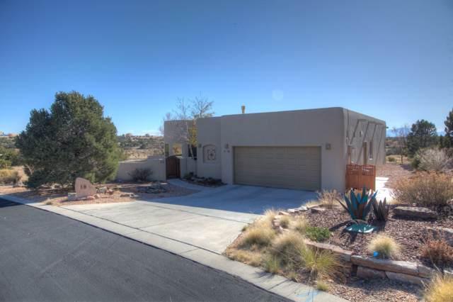 18 Arroyo Ridge, Santa Fe, NM 87508 (MLS #201905049) :: The Desmond Group