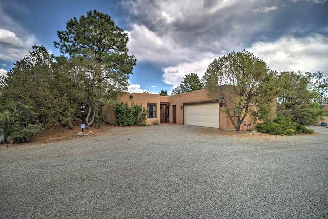 310 Calle Estado, Santa Fe, NM 87501 (MLS #202002067) :: The Desmond Hamilton Group