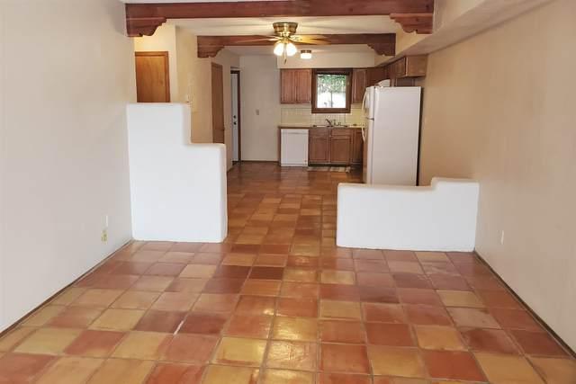 1531 Avenida De Las Americas, Santa Fe, NM 87507 (MLS #202003963) :: Summit Group Real Estate Professionals