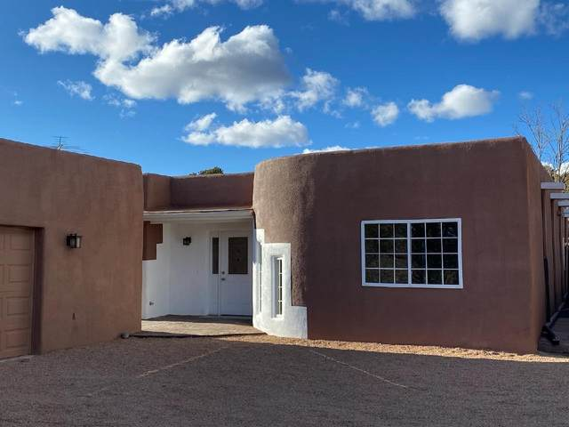 9B Leal Road, Santa Fe, NM 85750 (MLS #202100038) :: Neil Lyon Group | Sotheby's International Realty