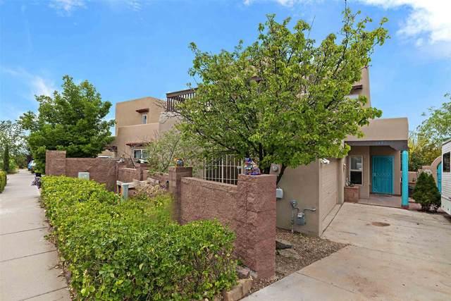 6483 Cerro Grande Drive, Santa Fe, NM 87507 (MLS #202102211) :: Stephanie Hamilton Real Estate