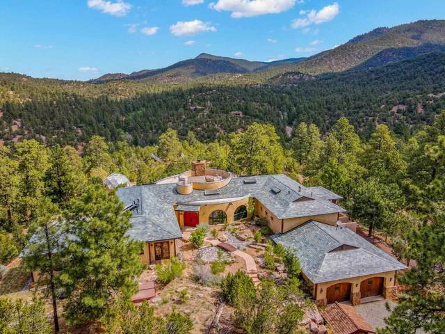 144 La Barbaria Rd, Santa Fe, NM 87505 (MLS #202102789) :: Summit Group Real Estate Professionals