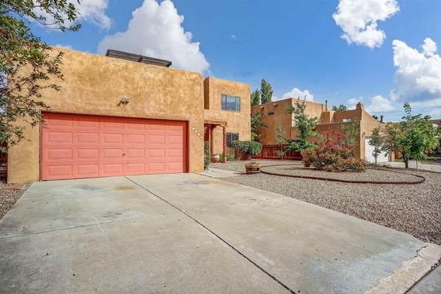 7523 Snow Blossom, Santa Fe, NM 87507 (MLS #202103372) :: Berkshire Hathaway HomeServices Santa Fe Real Estate