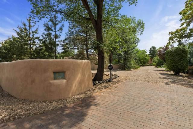 0 Acequia Madre, Santa Fe, NM 87505 (MLS #202103450) :: Summit Group Real Estate Professionals