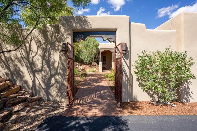 2 Paseo Del Paloma, Santa Fe, NM 87506 (MLS #202103969) :: Stephanie Hamilton Real Estate
