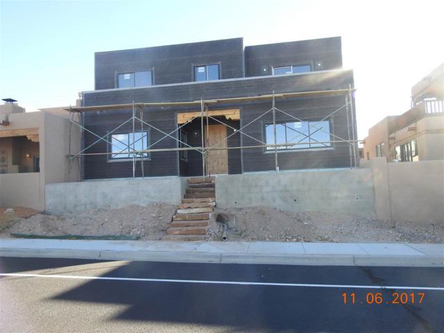 6 Camino Del Centro, Santa Fe, NM 87507 (MLS #201701578) :: DeVito & Desmond