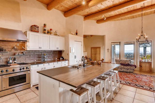 142 Vaquero Road, Santa Fe, NM 87508 (MLS #201805330) :: The Desmond Group
