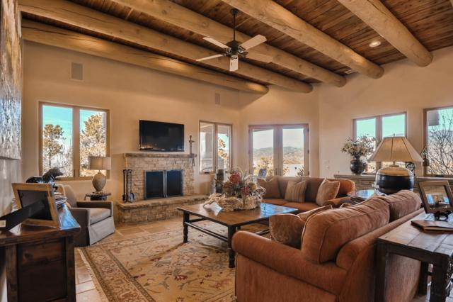 2924 Aspen View, Santa Fe, NM 87506 (MLS #201900824) :: The Desmond Group